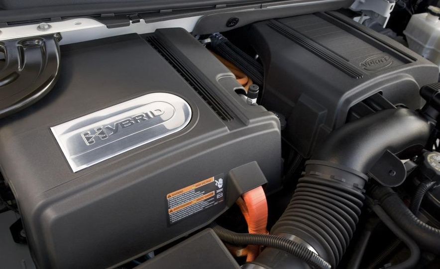 2009 Cadillac Escalade hybrid - Slide 12