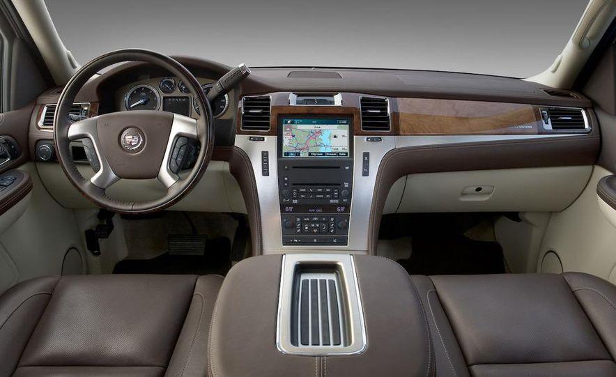2009 Cadillac Escalade hybrid - Slide 18