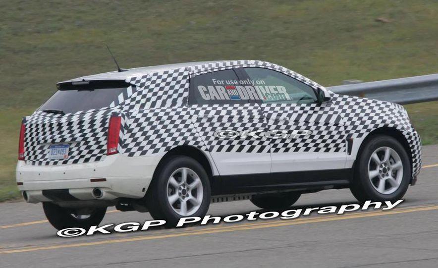 2010 Cadillac SRX - Slide 6