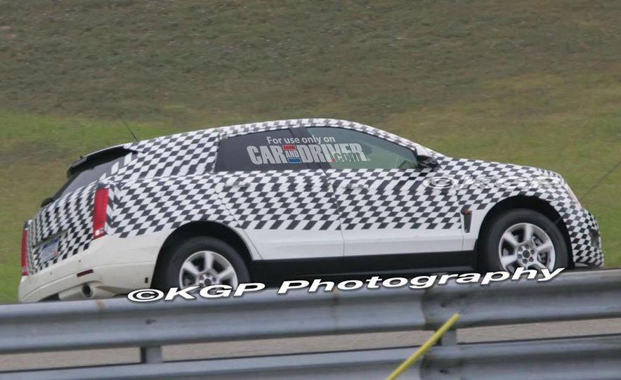 2010 Cadillac SRX - Slide 8