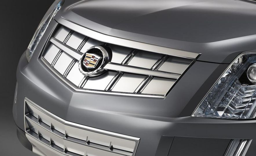 2010 Cadillac SRX - Slide 22