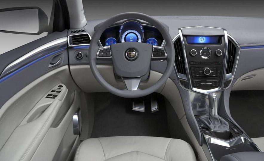 2010 Cadillac SRX - Slide 24