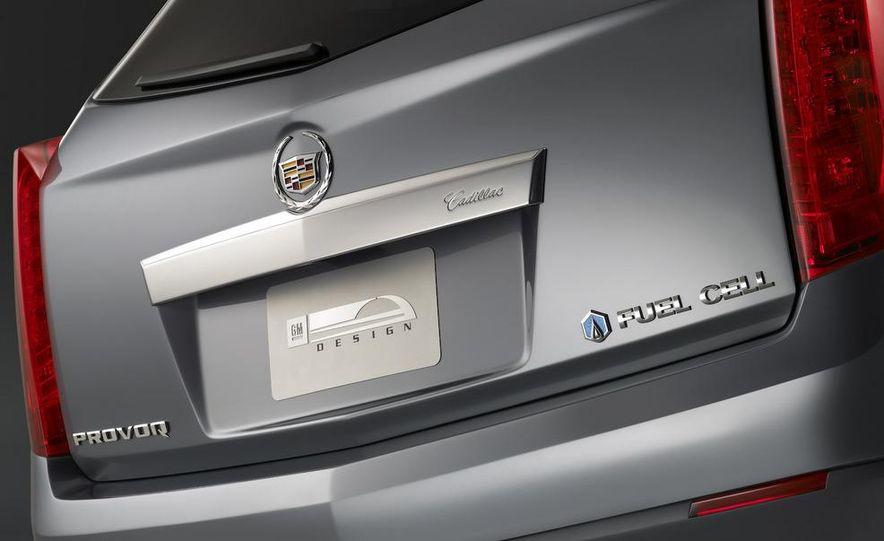 2010 Cadillac SRX - Slide 23