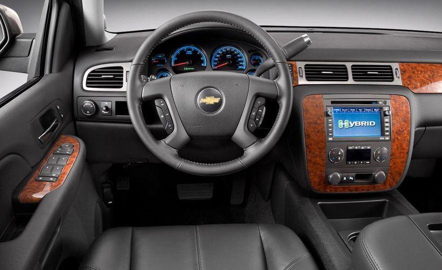 2009 Chevrolet Silverado hybrid - Slide 18