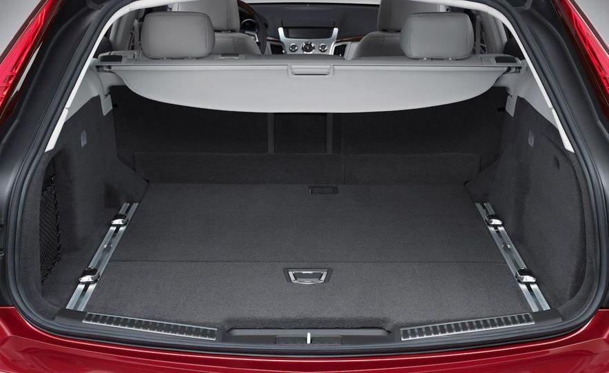 2010 Cadillac CTS Sport Wagon - Slide 21