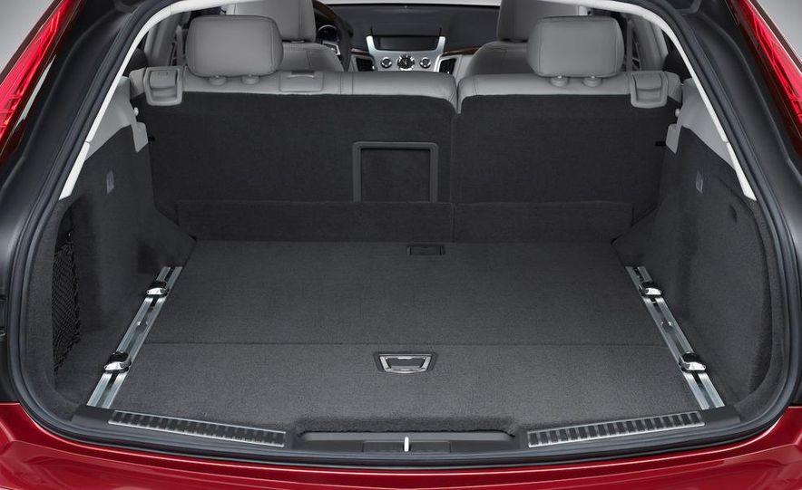 2010 Cadillac CTS Sport Wagon - Slide 22