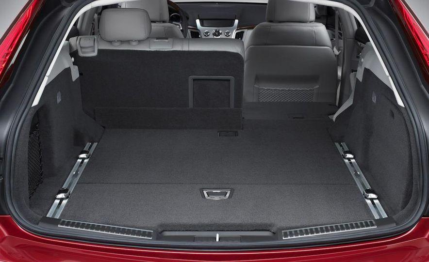 2010 Cadillac CTS Sport Wagon - Slide 23