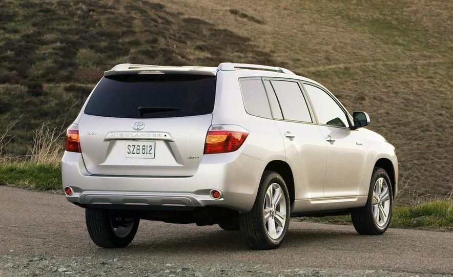 2008 Toyota Highlander - Slide 9