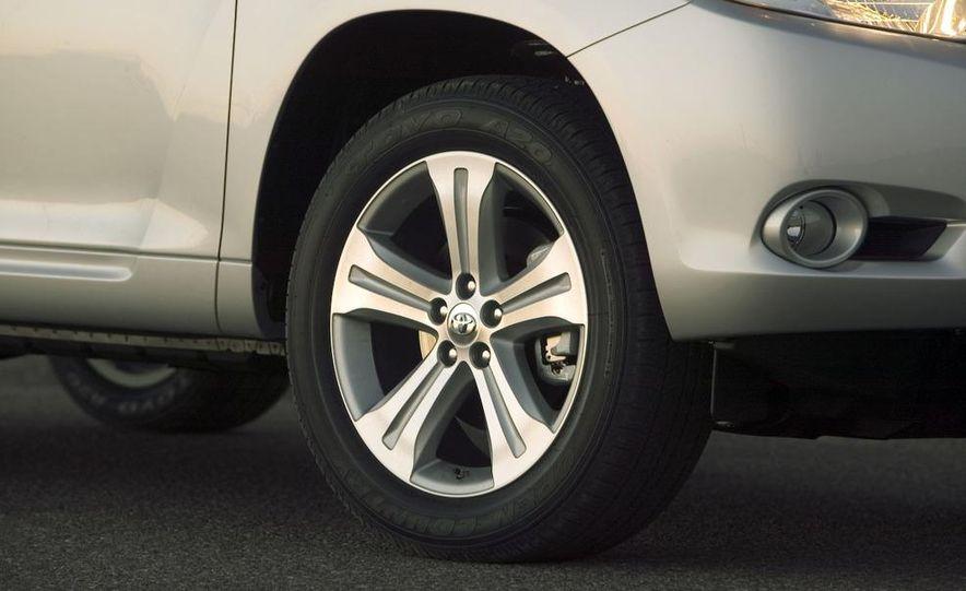 2008 Toyota Highlander - Slide 12