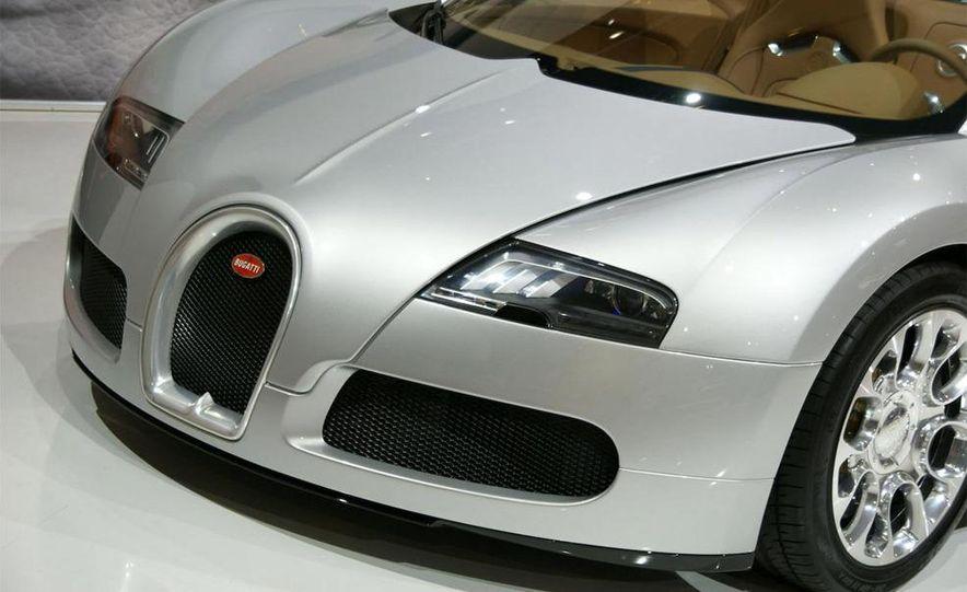 2009 Bugatti Veyron 16.4 GrandSport - Slide 1