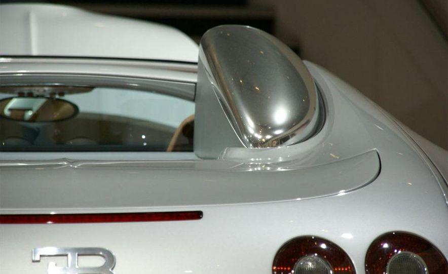 2009 Bugatti Veyron 16.4 GrandSport - Slide 4