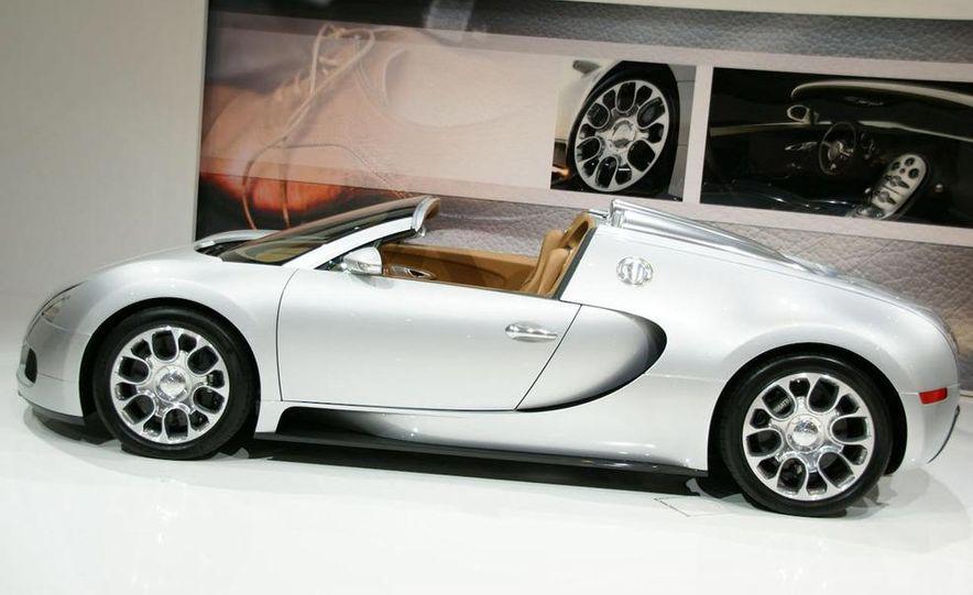 2009 Bugatti Veyron 16.4 GrandSport - Slide 5