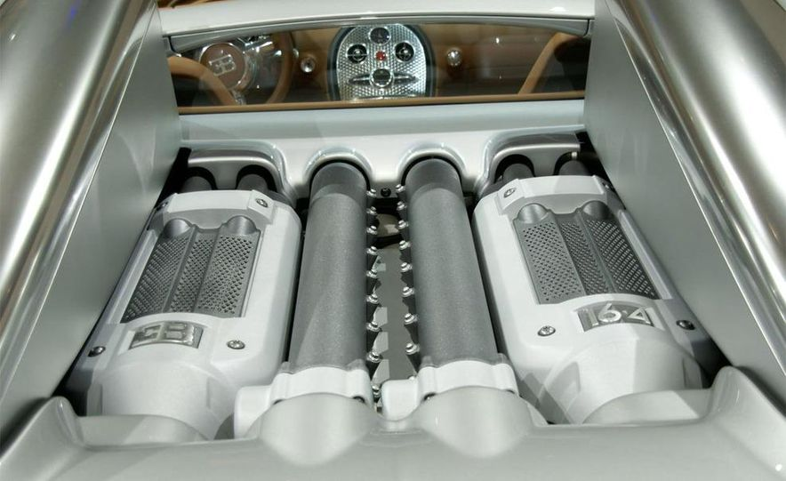 2009 Bugatti Veyron 16.4 GrandSport - Slide 25