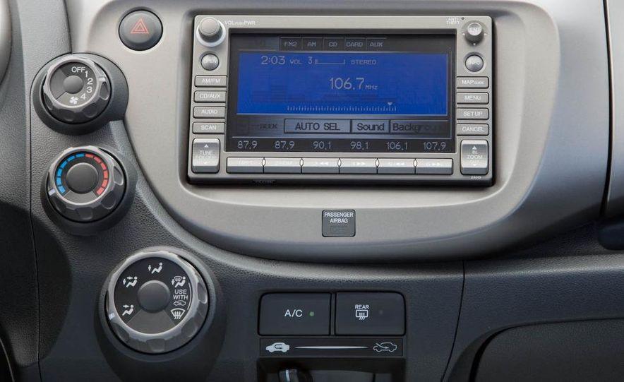 2009 Honda Fit Sport - Slide 21