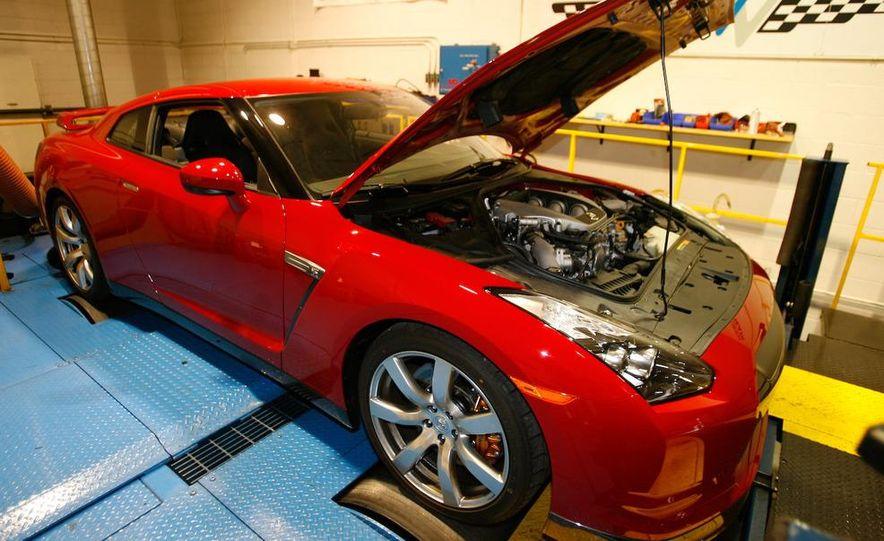 2009 Nissan GT-R wheel - Slide 9