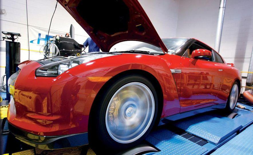 2009 Nissan GT-R wheel - Slide 11