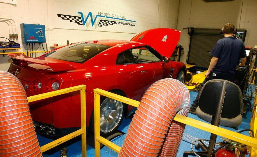 2009 Nissan GT-R wheel - Slide 16