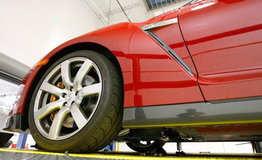 2009 Nissan GT-R wheel - Slide 5