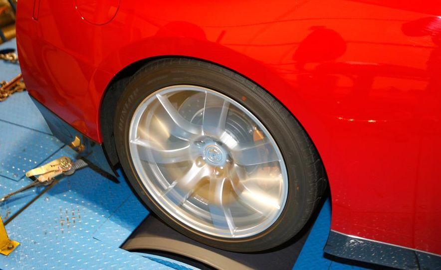 2009 Nissan GT-R wheel - Slide 1
