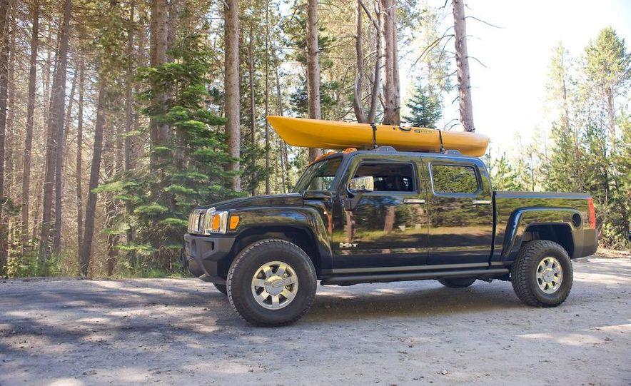 2009 Hummer H3T - Slide 8