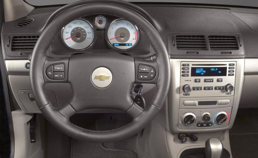 2011 Chevrolet Cruze - Slide 56