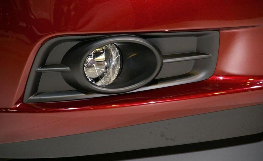 2011 Chevrolet Cruze - Slide 10