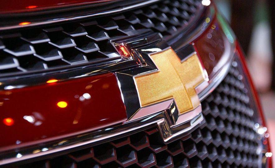 2011 Chevrolet Cruze - Slide 32