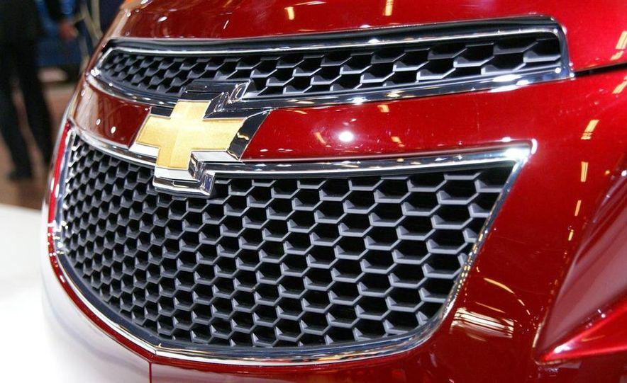 2011 Chevrolet Cruze - Slide 26