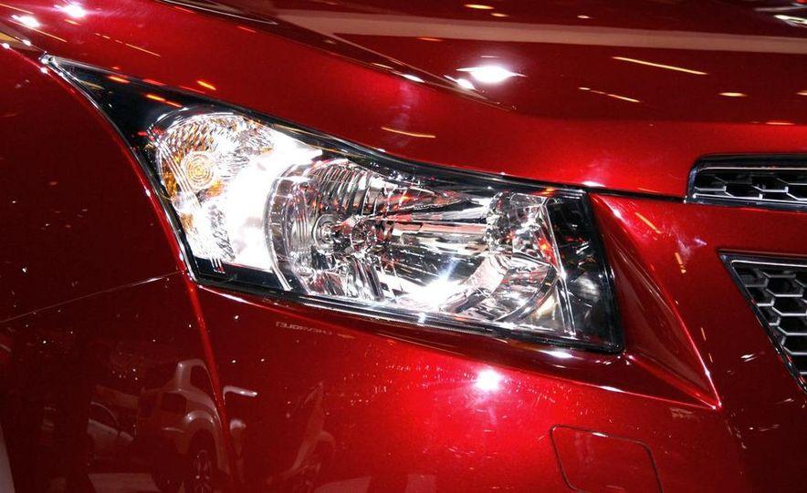 2011 Chevrolet Cruze - Slide 8