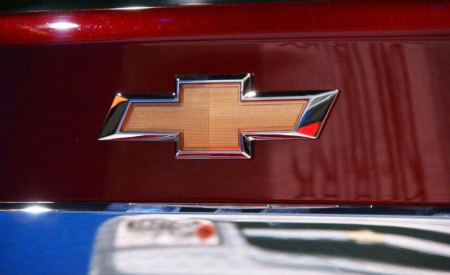 2011 Chevrolet Cruze - Slide 29