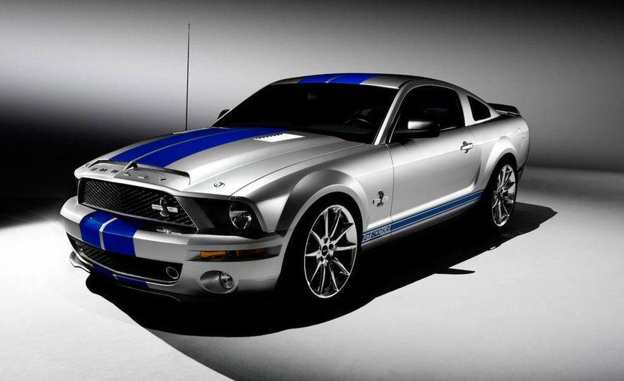 2010 Ford Mustang badge - Slide 5