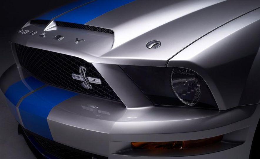 2010 Ford Mustang badge - Slide 7
