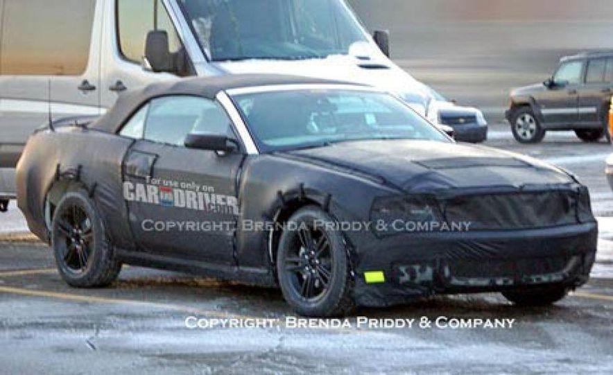 2010 Ford Mustang badge - Slide 30