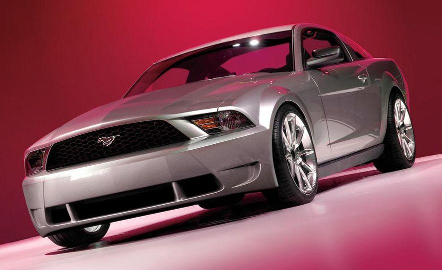 2010 Ford Mustang badge - Slide 26