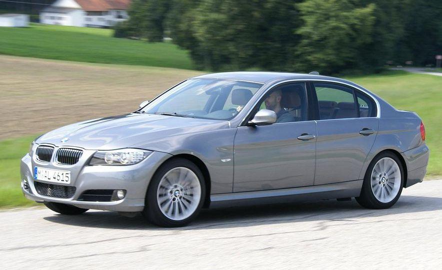 2009 BMW 3-series sedan - Slide 1