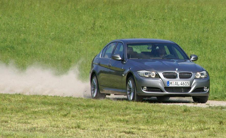 2009 BMW 3-series sedan - Slide 4