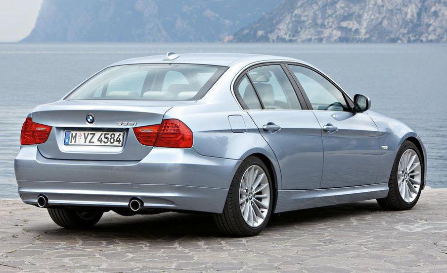 2009 BMW 3-series sedan - Slide 17