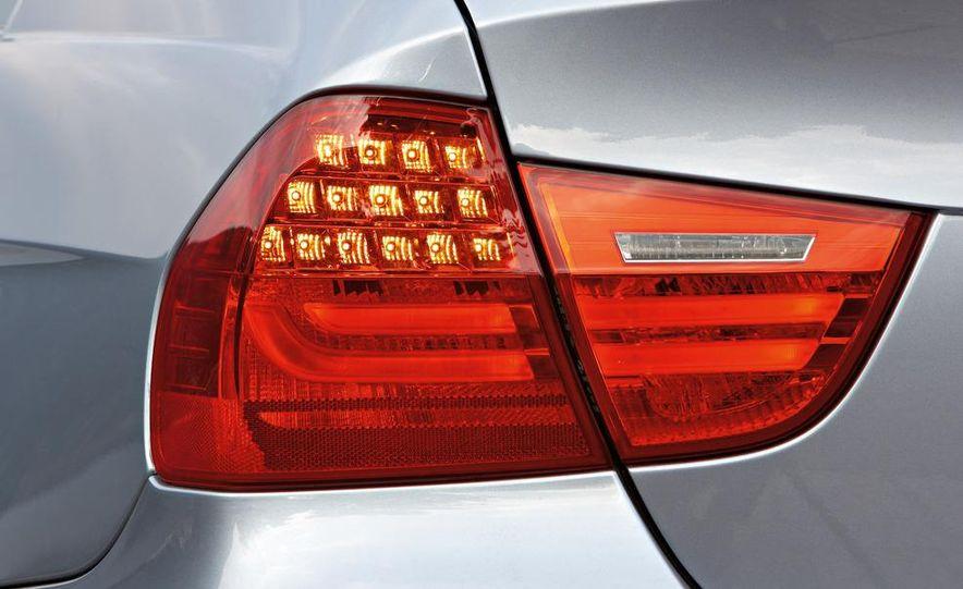 2009 BMW 3-series sedan - Slide 39