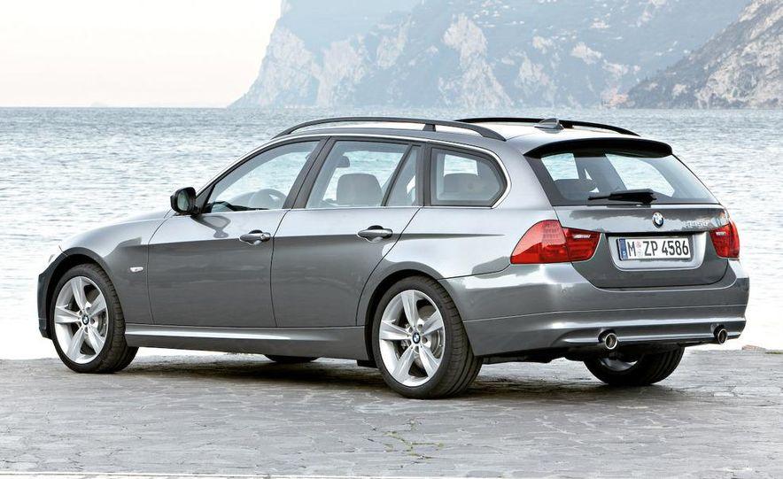 2009 BMW 3-series sedan - Slide 35