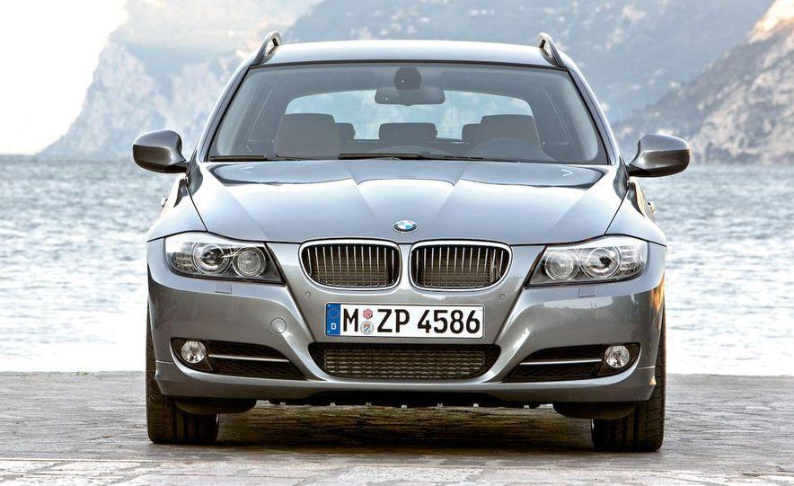 2009 BMW 3-series sedan - Slide 30