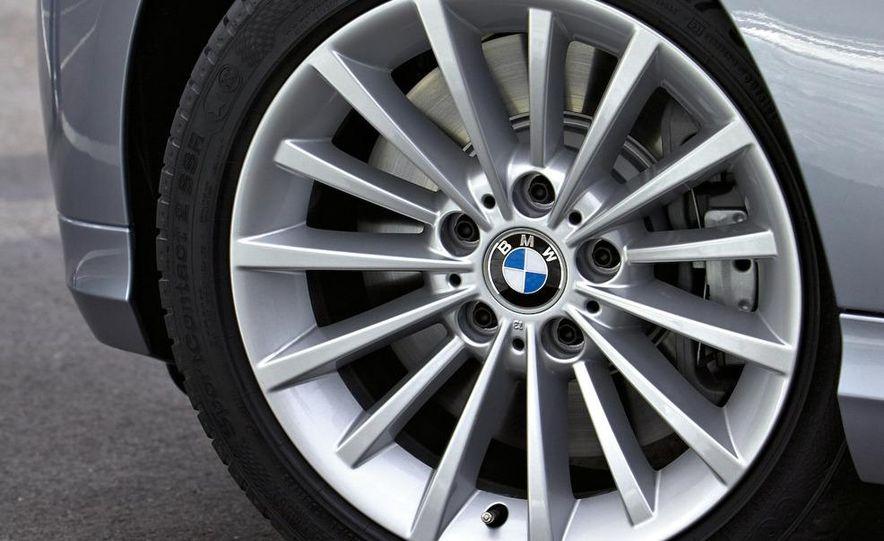2009 BMW 3-series sedan - Slide 42