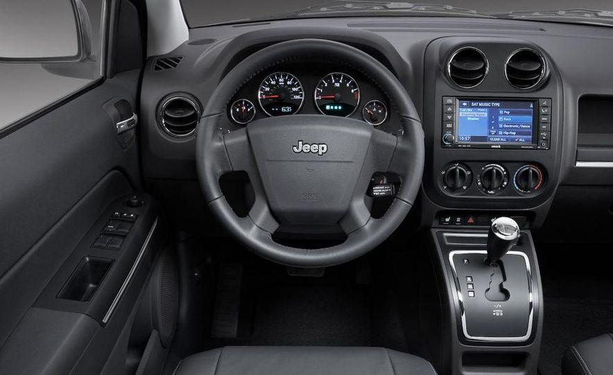2009 Jeep Patriot - Slide 15