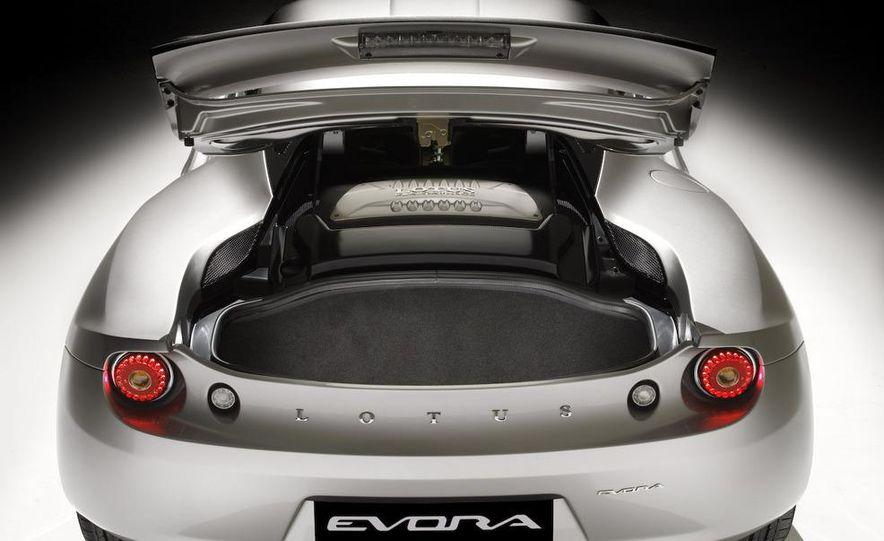 2010 Lotus Evora - Slide 21