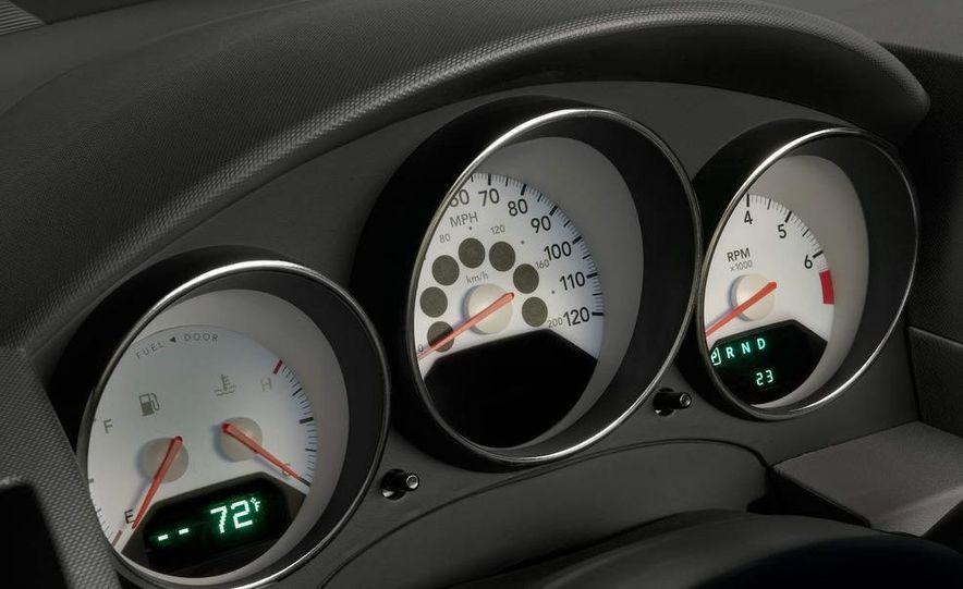 2009 Dodge Caliber - Slide 11