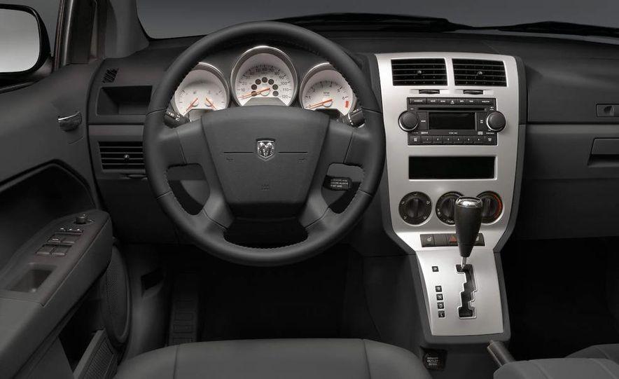 2009 Dodge Caliber - Slide 10