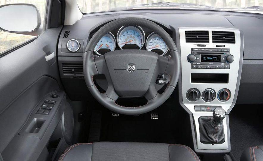 2009 Dodge Caliber - Slide 15