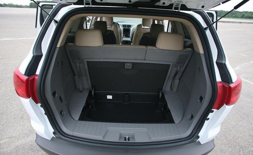 Chevrolet Orlando concept door panel - Slide 55