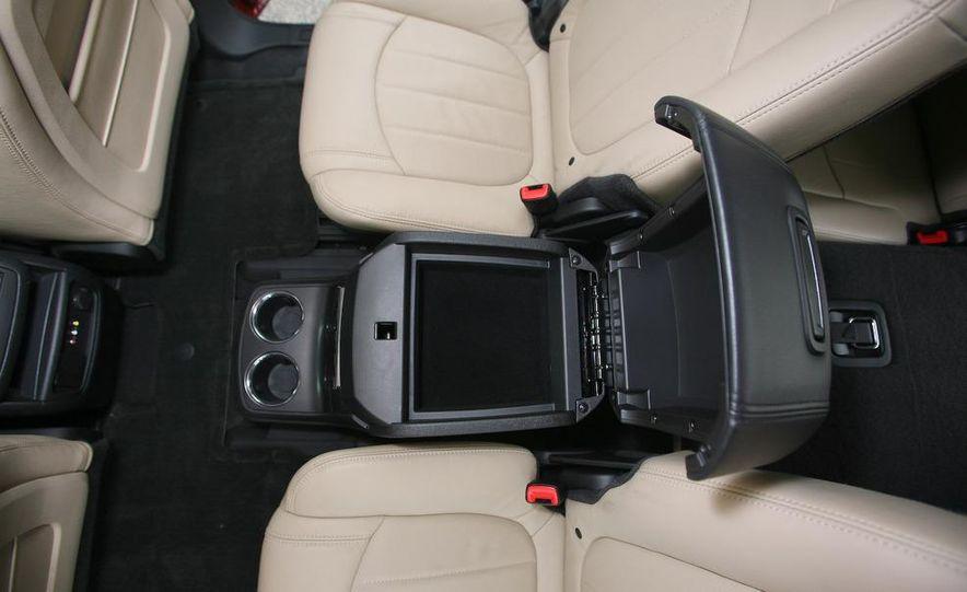 Chevrolet Orlando concept door panel - Slide 52
