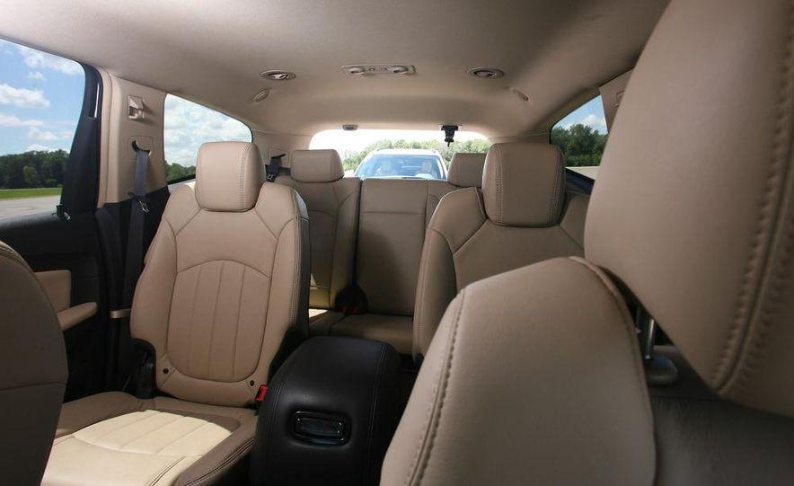 Chevrolet Orlando concept door panel - Slide 50