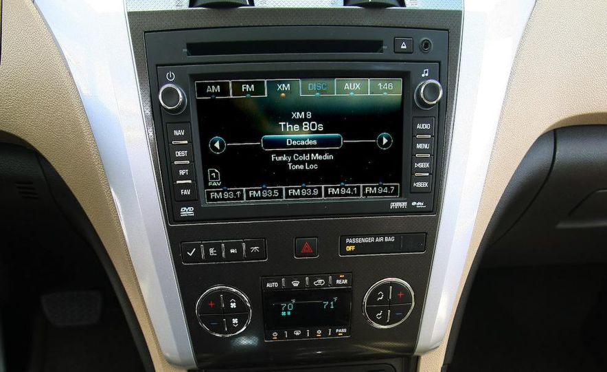 Chevrolet Orlando concept door panel - Slide 56